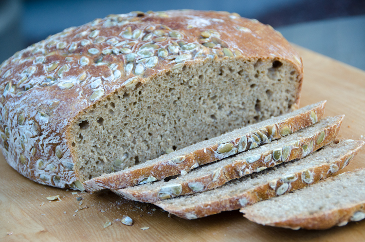 pumpkin-seed-bread-4